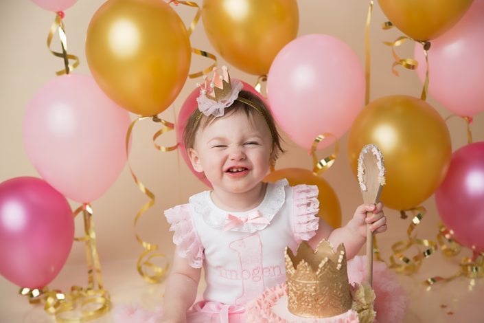 Paisley photographer - baby cake smash
