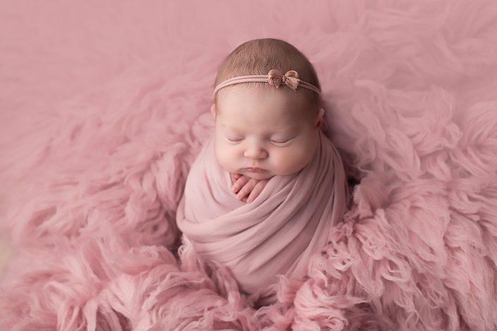 Glasgow Baby Photographer - baby girl with pink headband