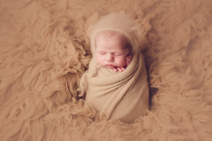 Newborn Photo Shoot Glasgow - baby boy with bear bonnet