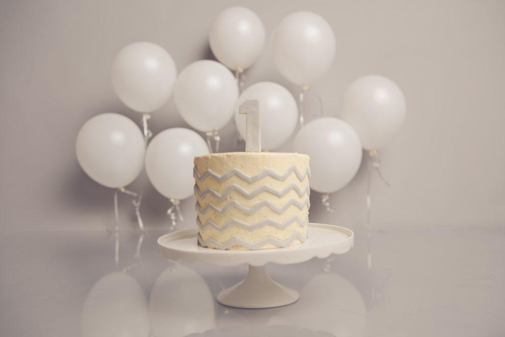 Cake Smash Photo Shoot - Grey and White setup