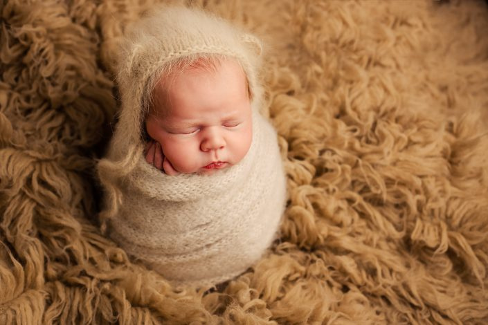 Newborn Photography Training Glasgow - bear hat