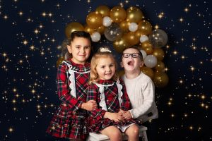 Family Photographer Renfrewshire - happy family portrait