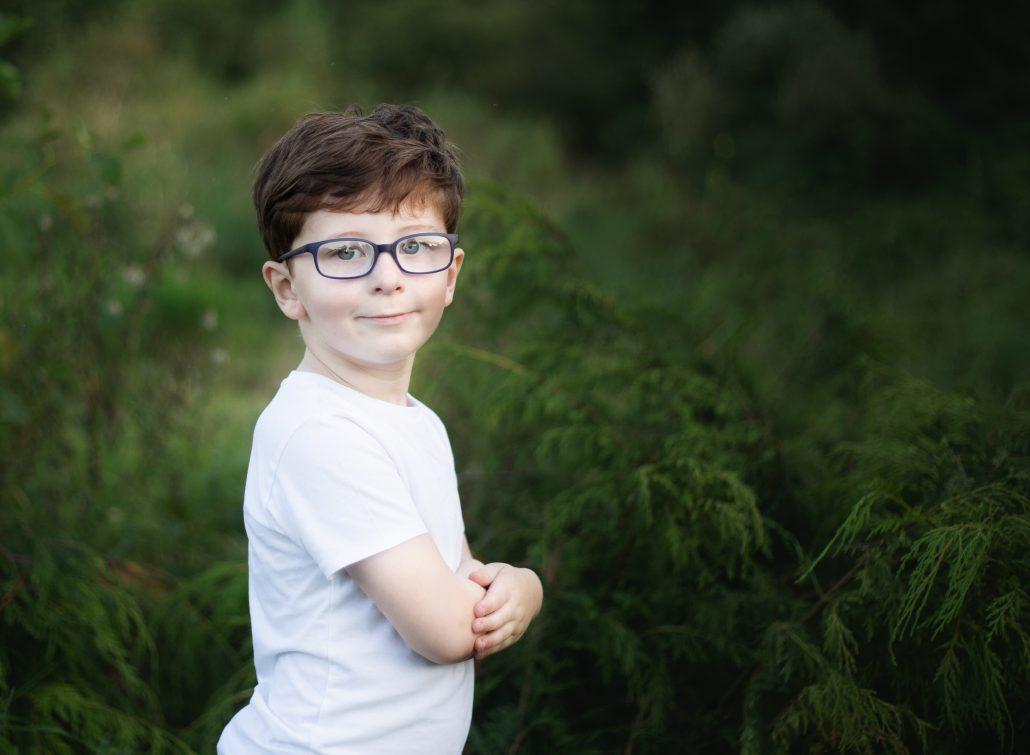 boy wearing white top outdoors photo shoot glasgow